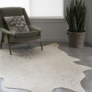 Clayton Ivory/ Champagne Faux Cowhide Rug - 3'10 x 5