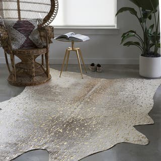 Clayton Pewter/ Gold Faux Cowhide Rug (5' x 6'6)|https://ak1.ostkcdn.com/images/products/16566247/P22898153.jpg?impolicy=medium