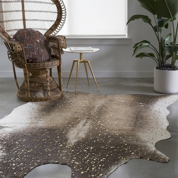 Clayton Mocha and Gold Faux Cowhide Rug (6'2 x 8')