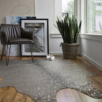 "Clayton Graphite/ Silver Faux Cowhide Rug - 3'10"" x 5'"