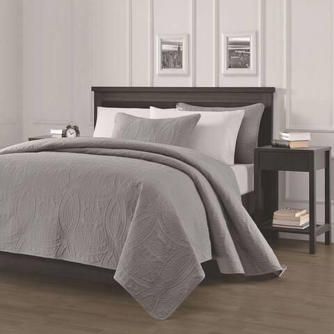 The Gray Barn Alisal Oversized 3-piece Quilt Set