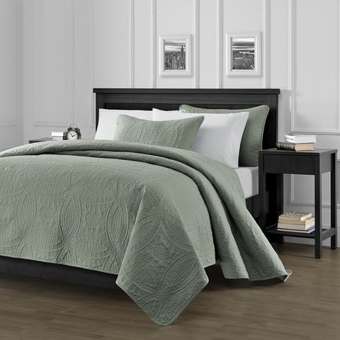 The Gray Barn Alisal Oversized 3-piece Quilt Set