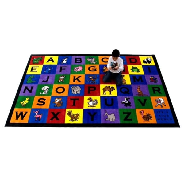 Kids World Charlie & Friends Nylon Machine-tufted Alphabet Area Rug - 7' x 11'