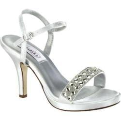 Women's Dyeables Sloane Quarter Strap Sandal White Satin
