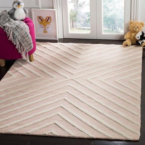 Safavieh Kids Transitional Geometric Hand-Tufted Wool Pink/ Ivory Area Rug - 5' x 7'