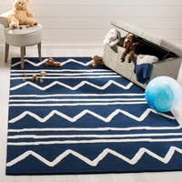 Safavieh Kids Transitional Geometric Hand-Tufted Wool Navy/ Ivory Area Rug - 5' x 7'