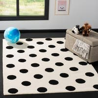 Safavieh Kids Transitional Geometric Hand-Tufted Wool Ivory/ Black Area Rug - 5' x 7'