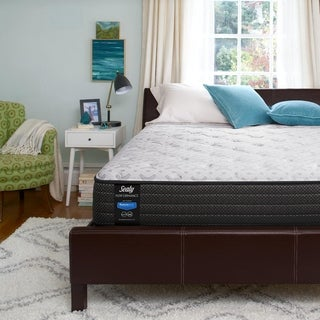 Sealy Response Performance Innerspring/Foam 13-inch Plush Top Queen-size Mattress Set (2 options available)