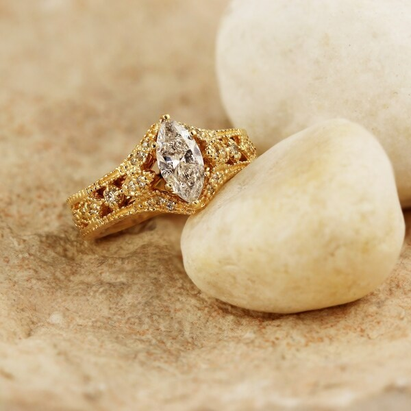 Auriya 14k Gold 4/5ctw Vintage Antique Marquise Diamond Engagement Ring. Opens flyout.