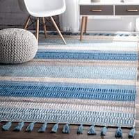 nuLOOM Light Blue Casual Handmade Flatweave Indoor/Outdoor Stripes Tassel Area Rug