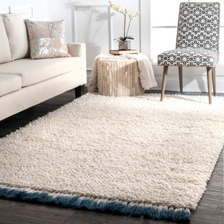 nuLOOM Ivory Casual Handmade Soft and Plush Solid Wool with Tassel Shag Rug