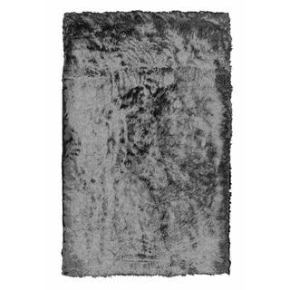 Solid Faux Sheepskin and Acrylic Handmade Shag Area Rug (4'x6') - 4' x 6'