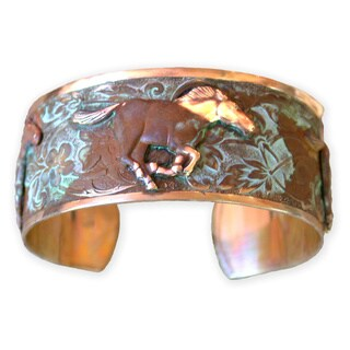 Handmade Olive Patina Running Mustangs Cuff Bracelet (USA)