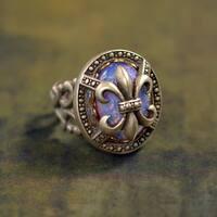 Sweet Romance Vintage Fleur de Lis New Orleans Ring
