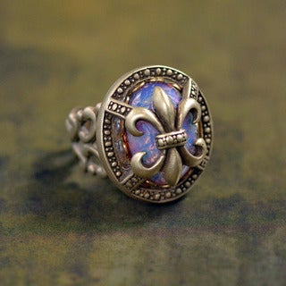 Sweet Romance Vintage Fleur de Lis New Orleans Ring (Option: Brown)