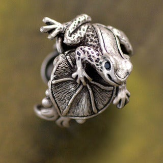 Sweet Romance Little Frog on Lily Pad Sculpture Ring