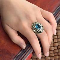 Sweet Romance Vintage London Blue Stone Ring