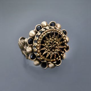 Sweet Romance Vintage Black Glass Pinwheel Ring