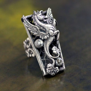 Sweet Romance Vintage Mythical Zephyr Destiny Ring