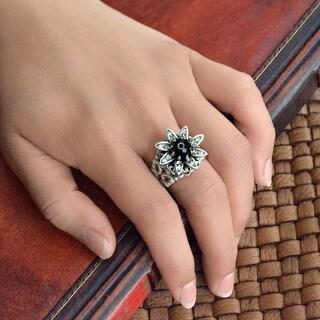 Sweet Romance Silver Wild Flower Daisy Ring