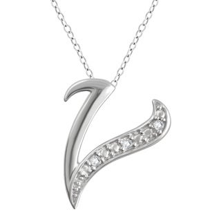 "Divina Sterling Silver Diamond Accent ""V"" Initial Pendant.(I-J/I2-I3)."
