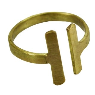 Handmade Perpendicular Ring in Goldtone (India) - Gold
