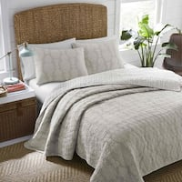 Nine Palms Coco Beach Quilt Set