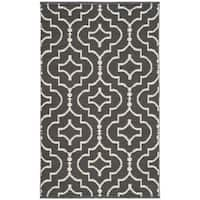Safavieh Montauk HandWoven Cotton Transitional Geometric Dark Grey/ Ivory Area Rug - 2'6 x 4'