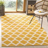 Safavieh Montauk HandWoven Cotton Transitional Geometric Yellow/ Ivory Area Rug - 2'6 x 4'