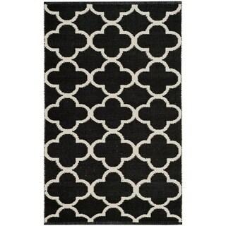 Safavieh Montauk HandWoven Cotton Transitional Geometric Black/ Ivory Area Rug (2'6 x 4')