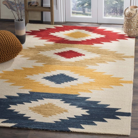 Safavieh Handmade Aspen Boho Tribal Ivory/ Multi Wool Rug - 7' x 7' Square