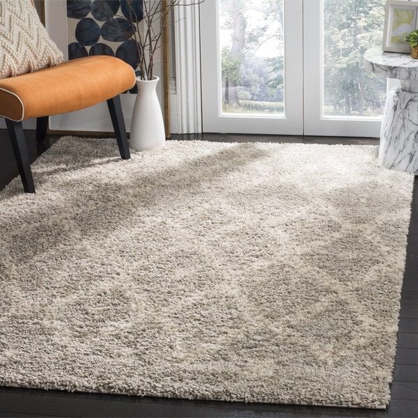 Safavieh Arizona Shag Contemporary Southwestern Grey/ Ivory Area Rug (6'7 Square)