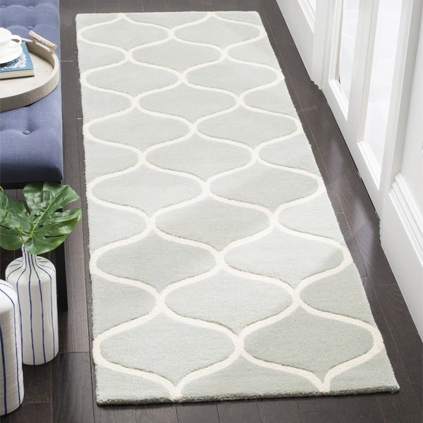 Safavieh Cambridge HandWoven Wool Transitional Geometric Grey/ Ivory Runner Rug (2'6 x 8')