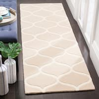 Safavieh Cambridge HandWoven Wool Transitional Geometric Light Beige/ Ivory Runner Rug - 2'6 x 8'