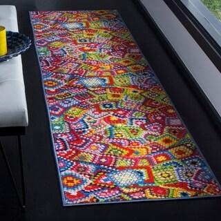 Safavieh Aztec Southwestern Abstract Green/ Multi Runner Rug (2'3 x 8')