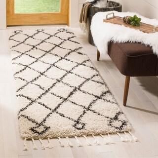 Safavieh Moroccan Fringe Shag Geometric Cream/ Charcoal Runner Rug (2'3 x 7')