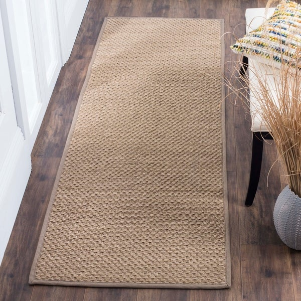 "Safavieh Natural Fiber Hand-Woven Sisal Contemporary Geometric Natural/ Grey Runner Rug - 2'6"" x 8'"