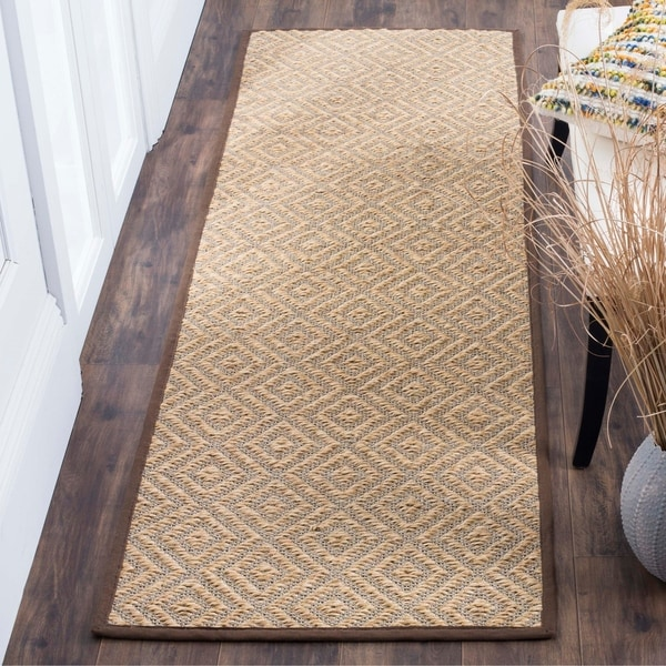 Safavieh Natural Fiber HandWoven Sisal Contemporary Geometric Natural/ Brown Runner Rug - 2'6 x 8'