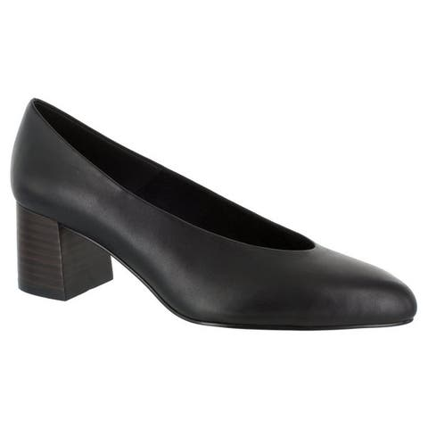 Bella Vita Womens Jensen Pump (Black Leather)