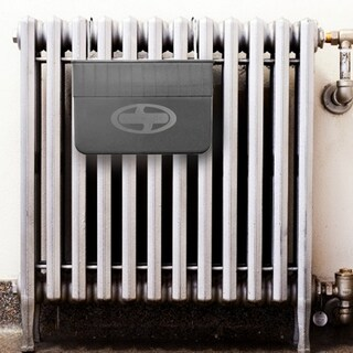 Snow Joe Old-Fashioned Radiator Humidifier for Steam Heat Units