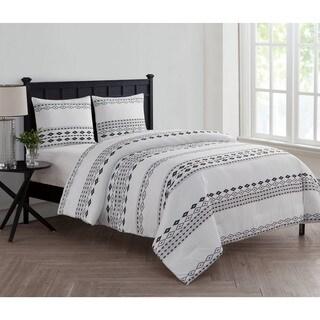 VCNY Home Azteca 3-piece Comforter Set