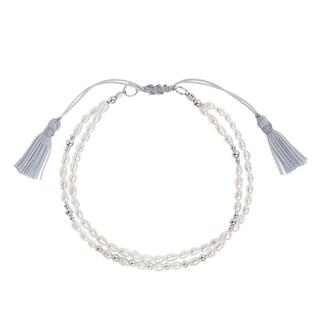 Handmade Natural Freashwater Pearl Beaded Silk Tassel Bracelet (Thailand)