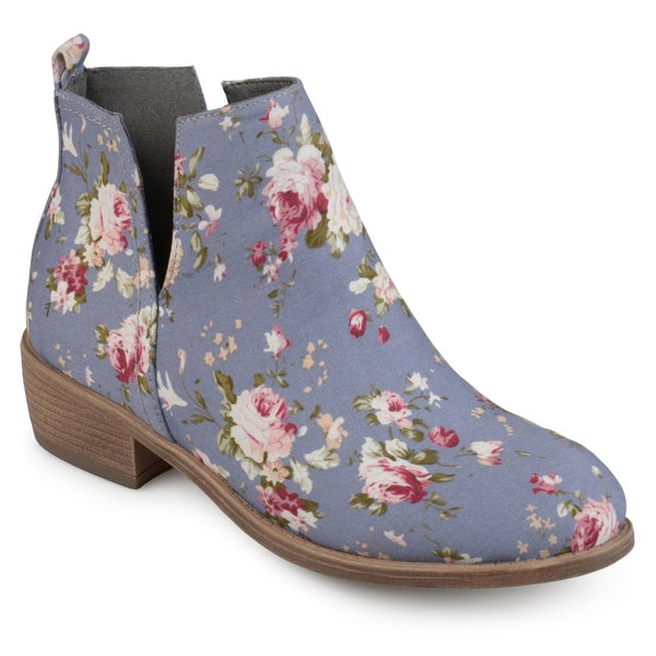 f7a06f455c Shop Journee Collection Women s  Roone  Floral Round Toe Side Slit ...