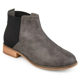 Journee Collection Women's 'Roe' Two-tone Gore Back Booties