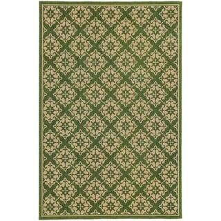 Style Haven Floral Trellis Green Indoor/Outdoor Area Rug (7'10 x 10'10)