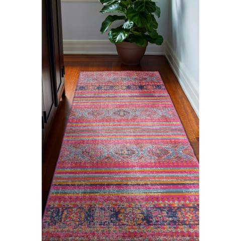 Cesar Transitional Machine Made Area Rug