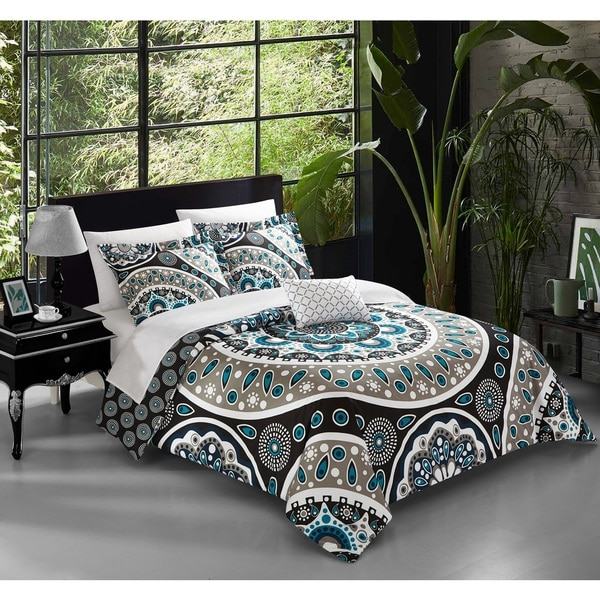 Chic Home Andalusia Black 8-piece Reversible Bed In a Bag Quilt Set