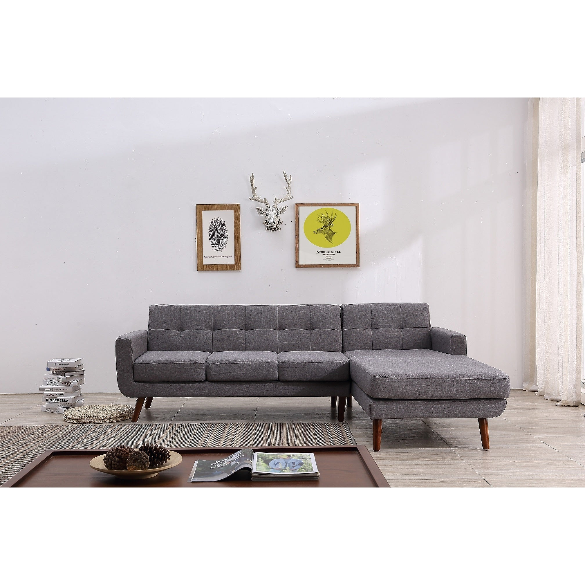 Carson Carrington Ahtari Mid-century Right-facing Tufted Linen Fabric  Upholstered Sectional Sofa