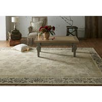 Mohawk Home Studio Floret Area Rug by Patina Vie (8'x10') - 8' x 10'