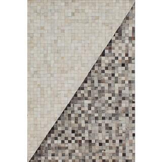 ecarpetgallery Handmade Cowhide Patchwork Grey, Ivory  Leather Rug (4'0 x 6'0)